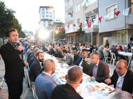 Tuzla'da Aynı Sofrayı Paylaşanların Kardeşliği Sürüyor