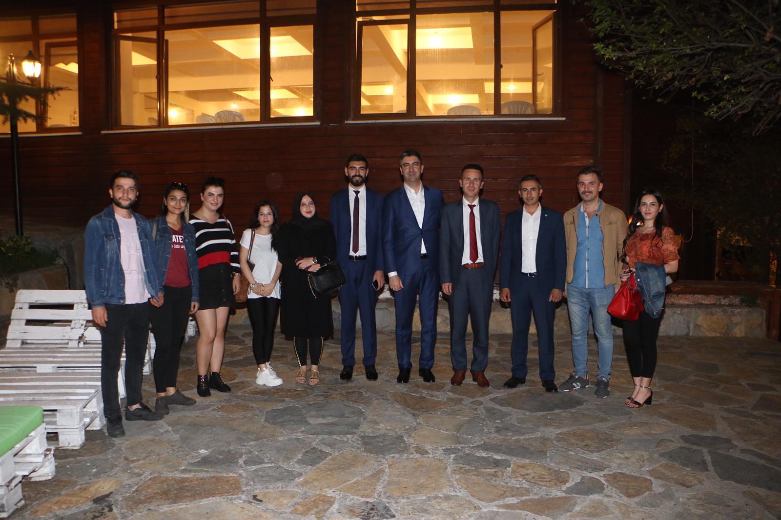 Başkan Gökhan Yüksel, İYİ Parti Kartal İlçe Başkanlığı'nın düzenlediği yemeğe katıldı-5