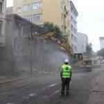Kartal Yalı Mahallesi_nde Bulunan Metruk Bina Yıkıldı (3)