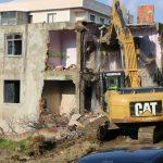 Kartal Belediyesi, 101 riskli ve metruk binanın yıkımını gerçekleştirdi (3)