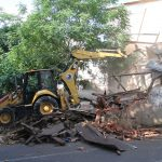 Madde Bağımlılarının Mesken Tuttuğu Metruk Bina Yıkıldı (5)