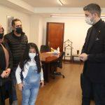Mucize Çocuk Azra_dan Başkan Gökhan Yüksel_e Ziyaret (2)