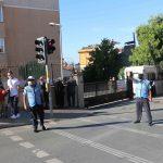 Kartal Belediyesi'nden öğrencilerin güvenliği için okul önlerinde trafik uygulaması (4)