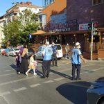 Kartal Belediyesi'nden öğrencilerin güvenliği için okul önlerinde trafik uygulaması (5)